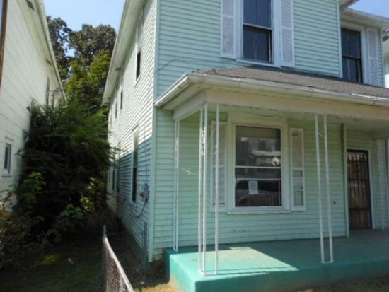 715 Rose Ave, Clifton Forge, VA 24422
