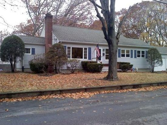 14 Garfield Ave, Attleboro, MA 02703
