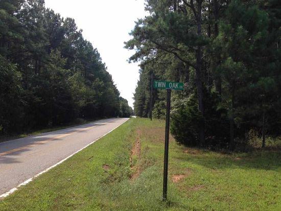 Twin Oaks Dr, Honea Path, SC 29654