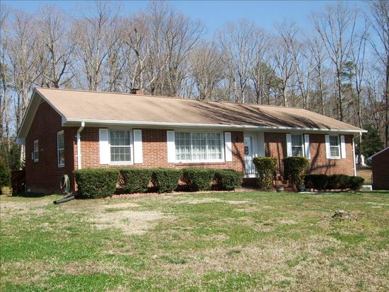 3711 Huntwood Rd, North Chesterfield, VA 23235