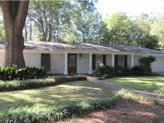5019 Canton Heights Dr, Jackson, MS 39211
