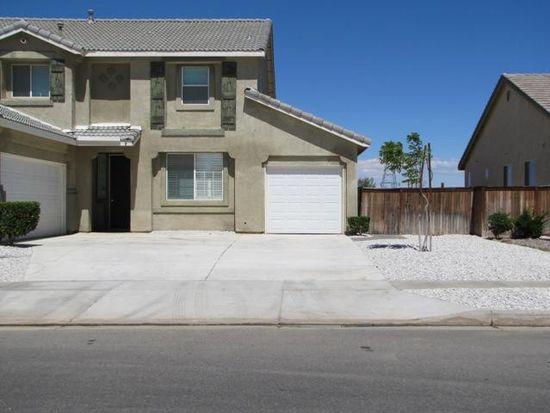 8977 Honeysuckle Ave, Hesperia, CA 92344