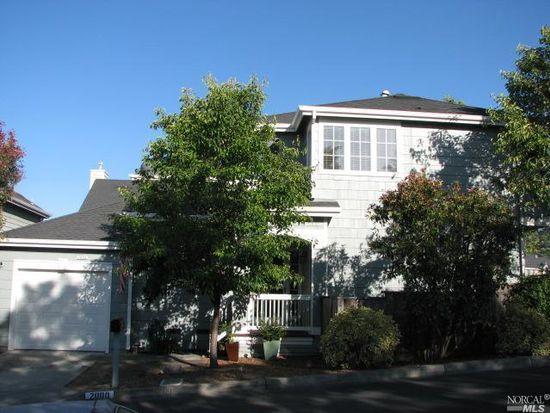 2000 Chetwood Dr, Petaluma, CA 94952