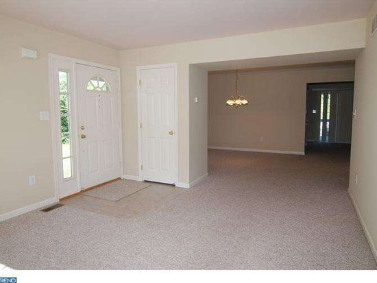 630 Frederick St, Sinking Spring, PA 19608