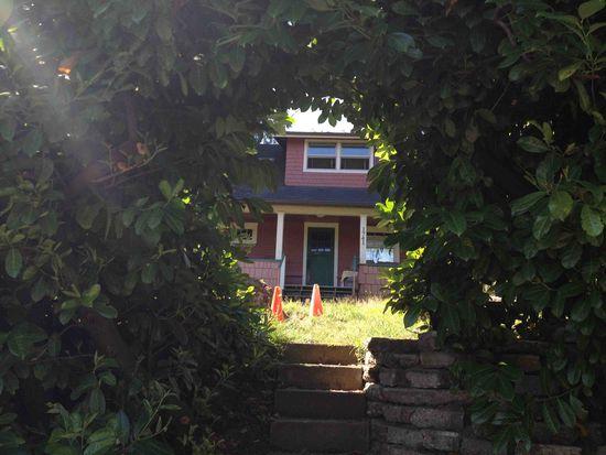1741 NE 90th St, Seattle, WA 98115