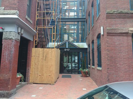 9 Harcourt St APT 301, Boston, MA 02116