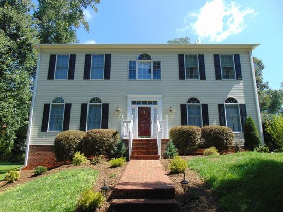 1507 Lakeview Trl, Martinsville, VA 24112