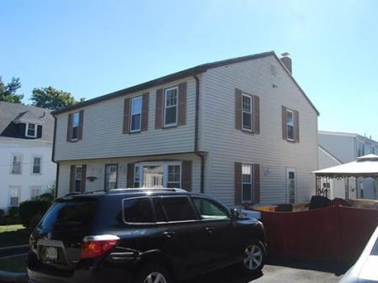 3 Purchase St, Salem, MA 01970