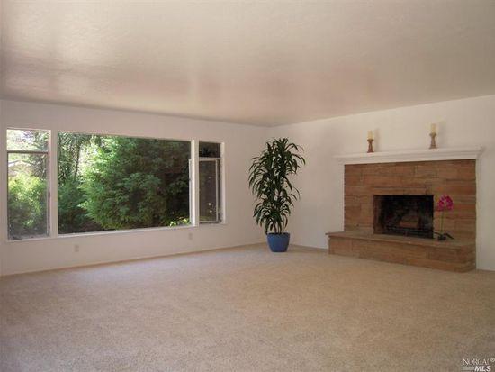 71 Canyon Rd, Fairfax, CA 94930