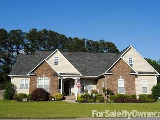 2217 Taylor Made Dr, Hope Mills, NC 28348