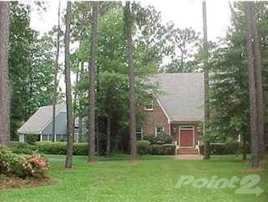 1884 Kimberly Dr, Atmore, AL 36502