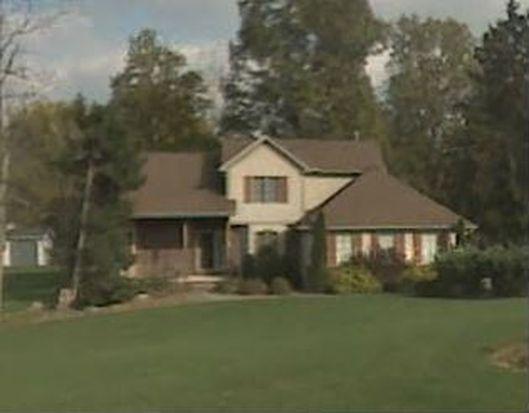 7989 Sonny Dr, Walton Hills, OH 44146