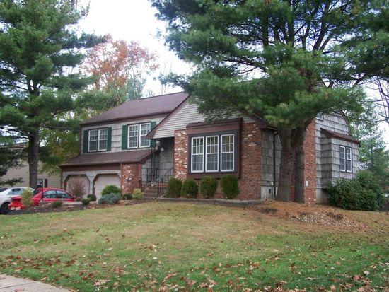 3 Magnolia Rd, Somerset, NJ 08873