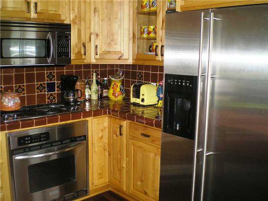 502 Harbinson Rd, Beaver Falls, PA 15010