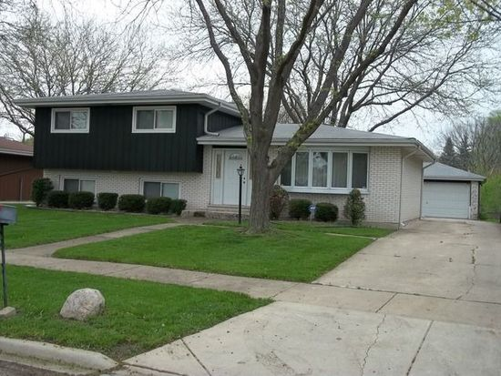 549 Home Ave, Itasca, IL 60143
