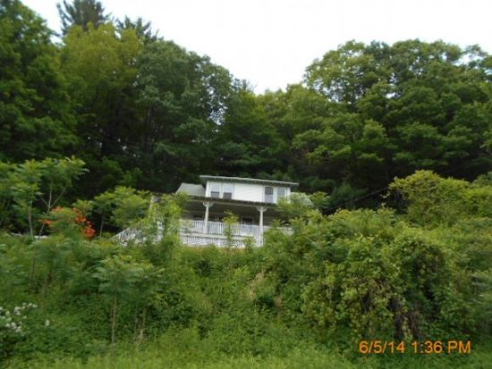 602 Whitcomb Rd, Walpole, NH 03608