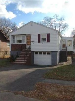 63 Dudley St, Saugus, MA 01906