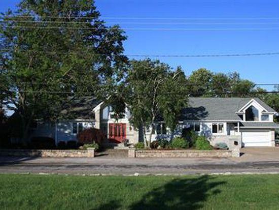 1137 Cedar Point Rd, Sandusky, OH 44870