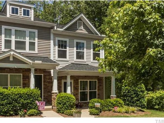8039 Sunset Branch Ct, Raleigh, NC 27612