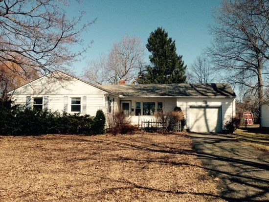 33 Larchwood Dr, Painesville, OH 44077