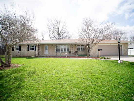 410 E Sunset Dr, South Whitley, IN 46787