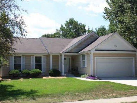 11251 Wood Creek Dr, Carmel, IN 46033