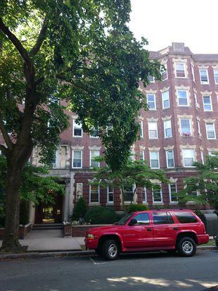 131 Park Dr APT 42, Boston, MA 02215