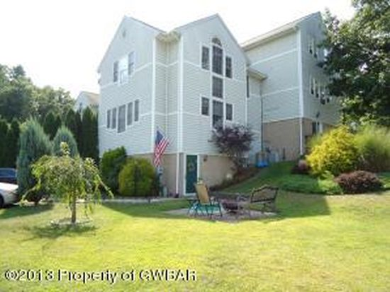 24 Allenberry Dr, Hanover Township, PA 18706