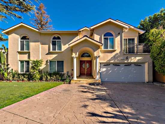 15043 Sutton St, Sherman Oaks, CA 91403