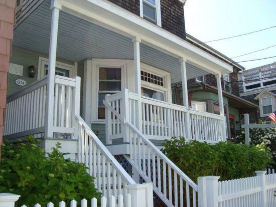 614 Thames St, Newport, RI 02840