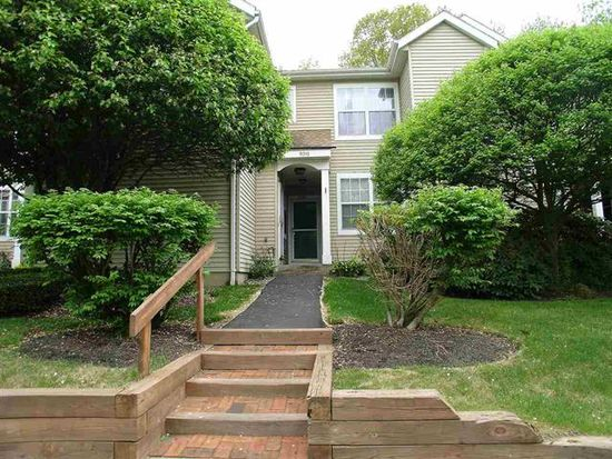 5210 Forest Point Dr S, Clifton Park, NY 12065