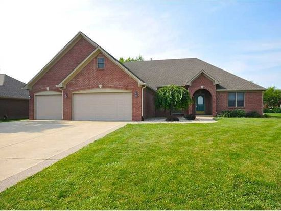 1321 Rosewood Ln, Mooresville, IN 46158