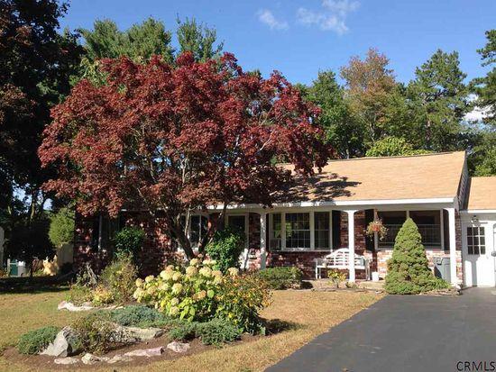 8 Pine Knob Dr, Albany, NY 12203