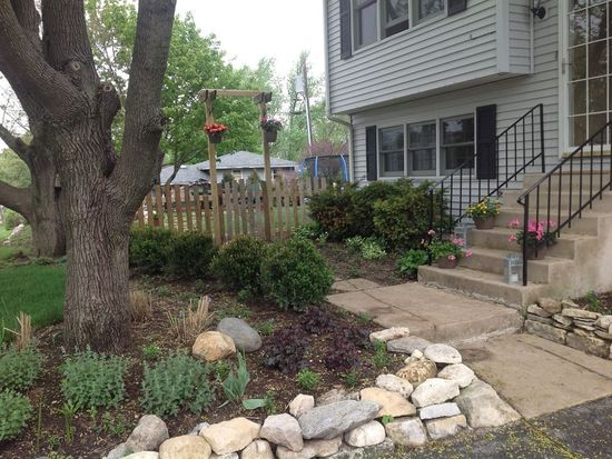 1032 Oxford St, Downers Grove, IL 60516