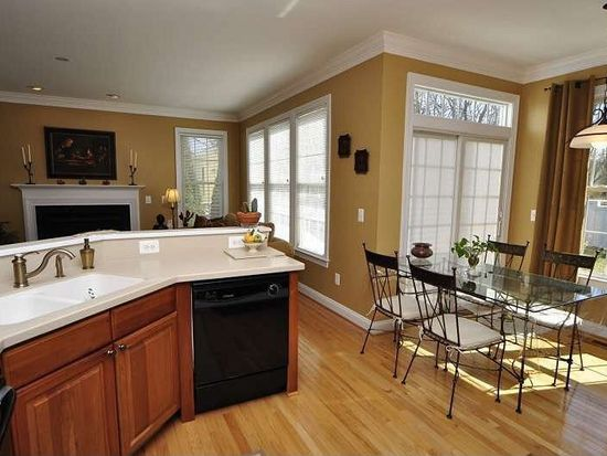 137 Amalfi Ct, Purcellville, VA 20132