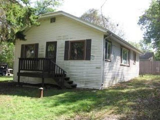 30717 Oak Dr, Waterford, WI 53185