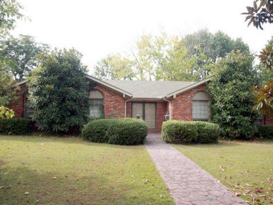 1221 Eleanor Dr SW, Decatur, AL 35601