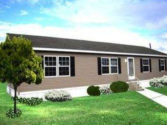 36 Meredith Dr, Hampstead, NH 03841