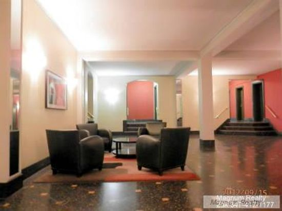 1 Bank St APT 3J, New York, NY 10014