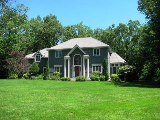 54 Gale Rd, Hampton, NH 03842
