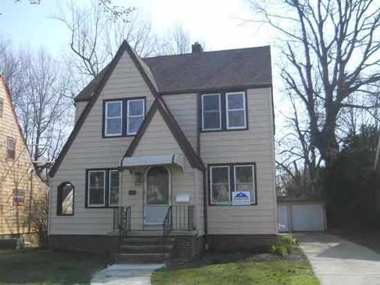 237 E 266th St, Cleveland, OH 44132