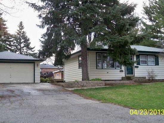 827 12th Ave, La Grange, IL 60525
