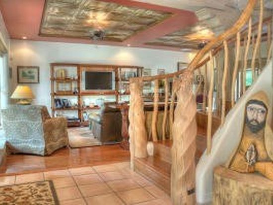 104 Noble Ln, Corrales, NM 87048