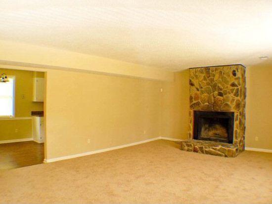 3734 Woodlake Rd, Hephzibah, GA 30815