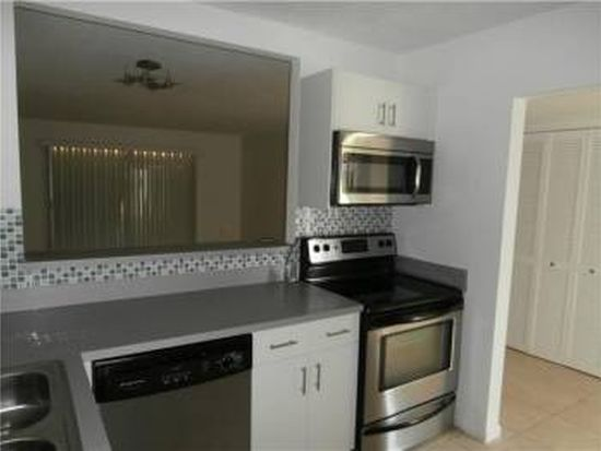 15225 NE 6th Ave APT B306, Miami, FL 33162