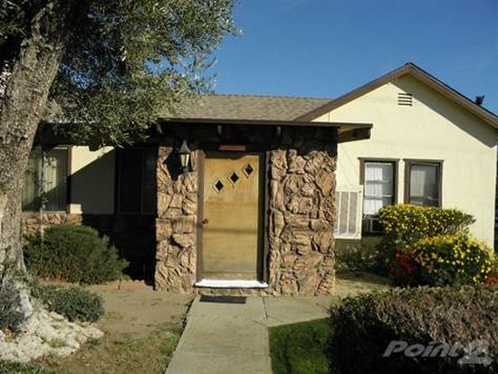 1426 S Hargrave St, Banning, CA 92220