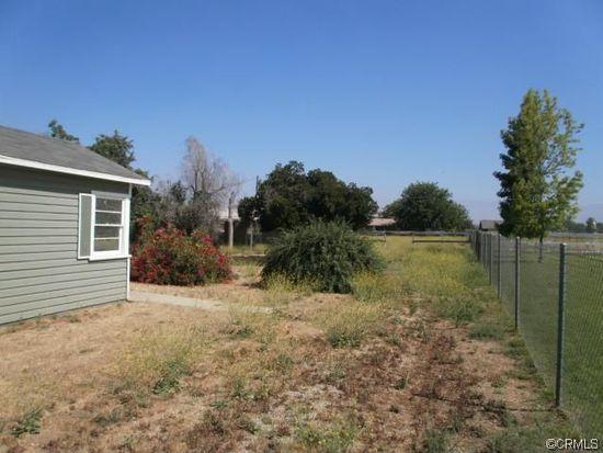 454 W Avenue L, Calimesa, CA 92320