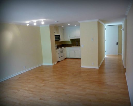 7811 Eads Ave UNIT 207, La Jolla, CA 92037