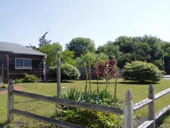19 Pierce Rd, Marshfield, MA 02050