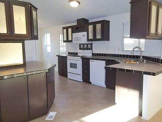 4901 Green River Rd SPC 303, Corona, CA 92880